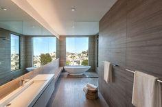 The master bathroom includes a soaking tub. Photo: Edmonds + Lee Architects