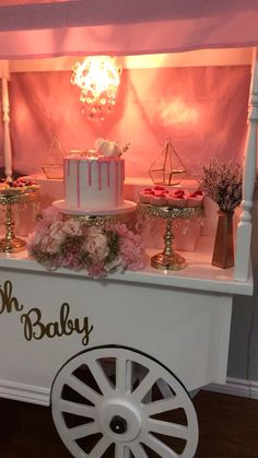 Oh baby Oh baby Cailin Save Images Cailin We loved creating this amazing ballo. Baby Balloon, Baby Shower Balloons, Baby Shower Parties, Baby Shower Gifts, Baby Shower Decorations For Boys, Birthday Party Decorations, Baby Shower Themes, Shower Ideas, Baloon Garland