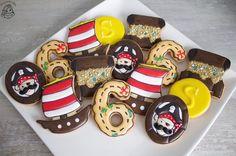 Pirate cookies by Droomkoekjes / Piraten koekjes traktatie Royal Icing Cookies, Sugar, Instagram Posts, Desserts, Food, Deserts, Dessert, Meals, Yemek