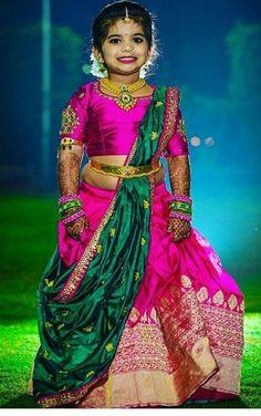 Cutest bridesmaid ever 😍 Photography Kids Dress Wear, Kids Gown, Dresses Kids Girl, Baby Dresses, Kids Wear, Kids Saree, Kids Lehenga Choli, Kids Lehanga Design, Kids Frocks Design