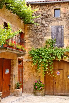 all the beauty things. Aquitaine, Provence France, Paris France, Wonderful Places, Beautiful Places, France Country, La Dordogne, Beaux Villages, French Countryside