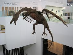 Flying dragon Willow Weaving, Basket Weaving, Animal Sculptures, Wall Sculptures, Plaster Wall Lights, Twig Art, Traditional Baskets, Branch Art, Faux Taxidermy