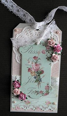 I like this whole idea. The shabby chic style. The lace the flowers and the picture. It all works.