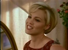 Kelly Taylor Image: Beverly Hills 90210 S06