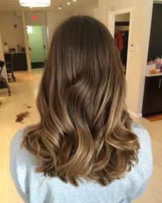 medium thick balayage hair