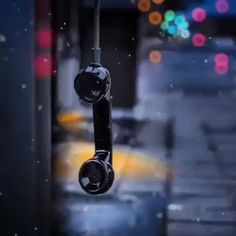 Telephone - Best of Wallpapers for Andriod and ios Green Background Video, Love Background Images, Love Wallpapers Romantic, Beautiful Nature Wallpaper, Aesthetic Movies, Sky Aesthetic, Beautiful Fantasy Art, Beautiful Gif, Rain Wallpapers