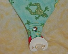 BABY BIB PACIFIER HOLDER PATTERN   Sewing Patterns for Baby