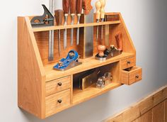Wall-Mounted Tool Shelf | Woodsmith Plans