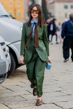 awesome Milan Fashion Week street style by http://www.redfashiontrends.us/milan-fashion-weeks/milan-fashion-week-street-style-6/
