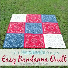 The perfect beach / picnic / car quilt! And its SO easy to make! >>> busybeingjennifer.com  #bbjquilts #handmade #quiltlove #diy #diyproject