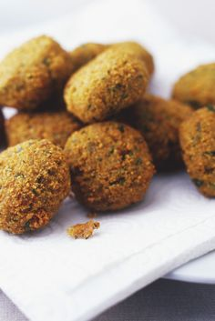 How To Make Falafel: A Simple Recipe To Help You Make The Middle Eastern Dish At Home