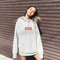 Find the newest graphic designer hoodies. Store striking hoodies from hundreds of exceptional luxury music labels. Girl Outfits, Cute Outfits, Fashion Outfits, Fashion Deals, Oversized Hoodie Outfit, Oversized Clothing, Lily Maymac, Only Shorts, Winter Outfits