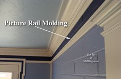 -Picture rail molding- {Love the paint job & the molding!}