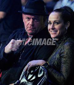 Mark Calaway (The Undertaker) & his wife Michelle McCool Wrestling Superstars, Wrestling Divas, Undertaker Wwe, Mark Williams, Wwe Couples, Wwe World, Wwe Wrestlers, Professional Wrestling, Wwe Divas