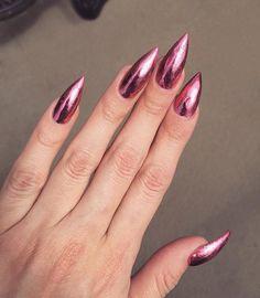 Loving this metallic pink