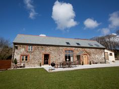 Higher Forda Barn, Bude, Devon, England, Sleeps 8, Bedrooms 4, Self-Catering Holiday Cottage.