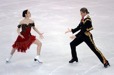 Meryl Davis & Charlie White(Photo by Harry How/Getty Images) Ice Dance Dresses, Figure Skating Dresses, Meryl Davis, World Figure Skating Championships, Dance Tops, Ballroom Dancing, Dance Photos, Ballet Dancers, Dance Costumes