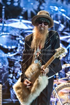 Billy Gibbons There's my Hat! Zz Top Concert, Billy Gibbons Guitar, Pat Metheny, The Boogie, Boogie Woogie, All Things Purple, Gods And Goddesses, Cool Bands, Rock N Roll