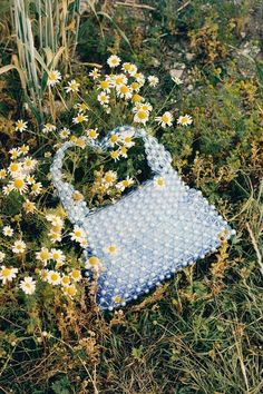 Our top 10 on-trend handbags for summer 2019 Aesthetic Bags, Fashion Still Life, Photography Bags, Jacquemus, Accesorios Casual, Beaded Bags, Fashion Bags, Fashion Fashion, Runway Fashion