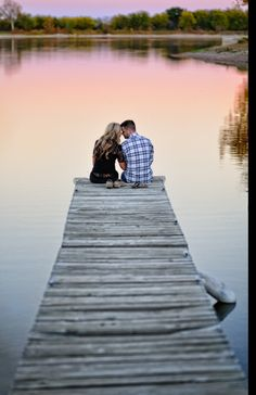 I always wanted to get married on a pier, but that's not going to happen, so engagement pictures on a pier will have to do. Plan Your Wedding, Proposals, Getting Married, Engagement Photos, Cute Pictures, Header, Engagements, Congratulations, Photo Ideas