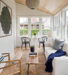 35 Best Sunroom Lighting Ideas & Designs For 2019 - Interior Light Fixtures Sunroom Office, Small Sunroom, Porch To Sunroom, Home Design, Interior Design, Sun Room Design, Design Ideas, Porch Interior Ideas, Design Homes