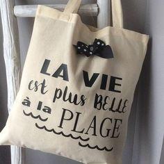 Le tote bag  A la vie à la plage
