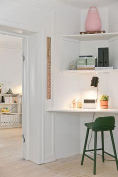 FINN – Grünerløkka: Gjennomgående og svært koselig 2-roms leilighet med god takhøyde og peis. Sentral og populær beliggenhet.