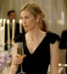 Kelly Rutherford and Van Cleef & Arpels Alhambra Vintage Necklace Photograph