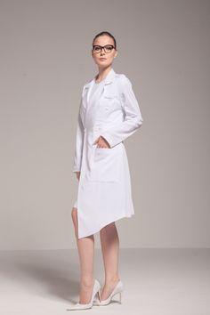 Jaleco Premium Amalia KL01 | Klinik Jalecos. Premium Lab Coats. Lab Jackets, Lab Coats, Scrubs, White Dress, Suits, Lifestyle, Clothes, Dresses, Women