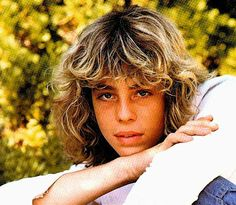 Leif Garrett. Childhood crush Hotness. And cool name.
