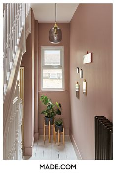 Hallway colour schemes – Hallway colour ideas – Hallway colours - New ideas Pink Hallway, Tiled Hallway, Hallway Walls, Dado Rail Hallway, Hallways, Hallway Colour Schemes, Hallway Paint Colors, Wall Colors, Terrazzo