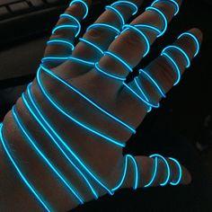 El Wire Hand :)