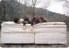 Sleep on nature Feng Shui, Baby Sleep, Bassinet, Couch, Sleep Well, Furniture, Bedroom Ideas, Meet, Home Decor