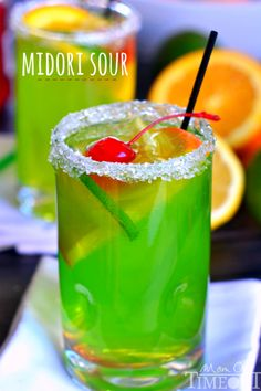 An easy recipe for MIDORI SOUR cocktails! Delicious, fruity, and fun! This is the perfect drink recipe for St. Patrick's Day too! | Mom On Timeout