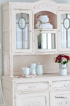 Shabby Buffet | More Buffet and Shabby ideas