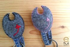 http://pl.dawanda.com/product/105663059-rozowy-diabelek-brelok-na-klucze-hand-made