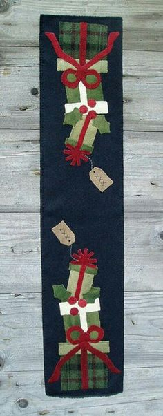 Pattern Hutch ~ Presents Table Runner. (christmas table runner)
