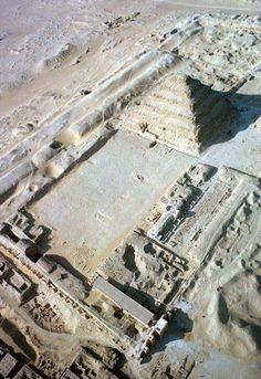 Zoser pyramid Egypt