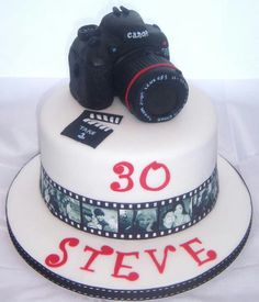 Canon camera cake LOVE THIS!!!! i love how there are pics at the bottom i would love for the pics to be pics i havve done with my cam