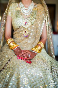 Bridal Jewelery | Jadau | Sabyasachi | Photo by The Wedding Salad