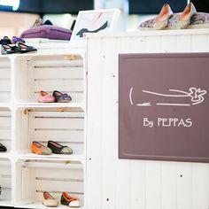 ¡Aprovecharos de los últimos descuentos!. BY PEPPAS continua de REBAJAS en la tienda online: www.bypeppas.es y en su stand del centro comercial Centro Oeste en Majadahonda.  #rebajas #tiendaonline #bypeppas #bailarinas #zapatostacón
