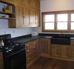 Custom Made Craftsman Quarter Sawn White Oak Kitchen Kitchen Cabinet Styles, Farmhouse Kitchen Cabinets, Custom Kitchen Cabinets, Farmhouse Style Kitchen, Home Decor Kitchen, Home Kitchens, Oak Cabinets, Kitchen Ideas, Kitchen Layouts