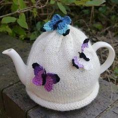 Butterfly Tea Cosy Cream                                                       …: