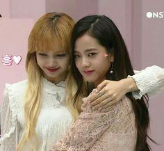 Lisa and Jisoo
