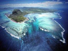 Underwater Waterfall : Mauritus Island