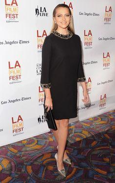 Pin for Later: Diese Woche dreht sich alles um den Ausschnitt Teresa Palmer Teresa Palmer in Jacob & Co. Schmuck bei der LA Cut Bank Premiere.