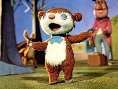 A tribute to Colargol, also known as Jeremy (or Barnaby) the bear, a French-Polish stop motion animation character. 1970s Childhood, My Childhood Memories, Childhood Toys, Sweet Memories, Children's Comics, Morning Cartoon, Kids Tv, 80s Kids, Classic Tv