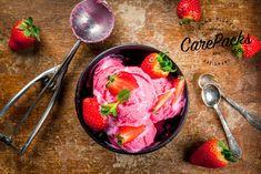Det er iskrem tid – sola skinner – livet smiler Sommeren har definitivt kommet, og i den herlige varmen er det godt med avkjølende godbit! Her får du oppskrift på to forskjellige iskremer uten sukker. De smaker utrolig godt, og er veldig enkle å lage!  Yoghurtis – uten sukker eller søtning Du tenger bare… Healthy Snacks, Ice Cream, Vegetables, Desserts, Food, No Churn Ice Cream, Tailgate Desserts, Deserts, Health Snacks