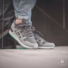 """Asics Gel-Lyte Mt Hiking Pack"" Grey | US 8.0 - 12.0 | 139.95 | Now Live @afewstore | @asics_team @asicseurope @asicsgallery @asics @asicstigerhq @asicsworld @asics_addict #asics #GelLyteMt #HikingPack #teamafew #klekttakeover #womft #sneakerheads #sadp #sneakersaddict #hypebeast #highsnobiety #modernnotoriety #basementapproved #sneakernews #snobshots #hskicks #hypefeet #kicksonfire #complexsneakers #sneakerfreaker #sneakerfreakergermany #praisemag #thedropdate #everysize"