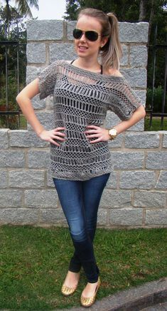 "Cute crochet blouse free pattern - translate with bing in your drop down menu - at the bottom ""print"" page ... you'll have to copy-paste diagram before printing"